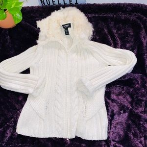 White knitted faux furr jacket
